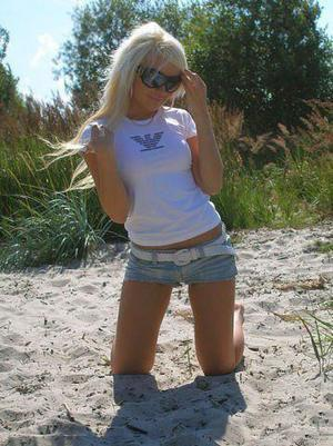 Sindy from  is looking for adult webcam chat