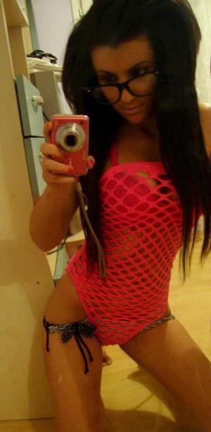 Alanna from  is looking for adult webcam chat